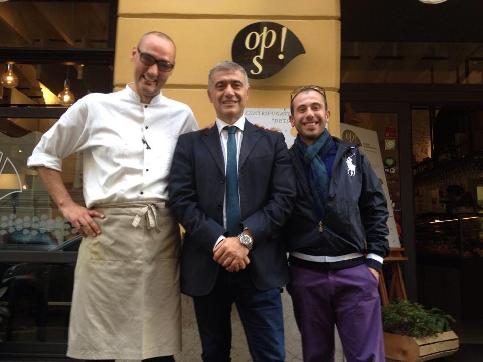 con Pecoraro Scanio e lo chef Vegan Simone Salvini